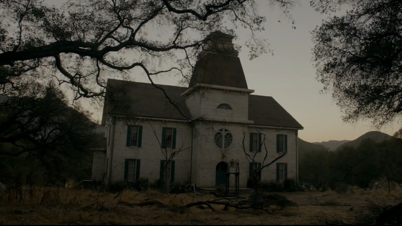 444 American Horror Story 1