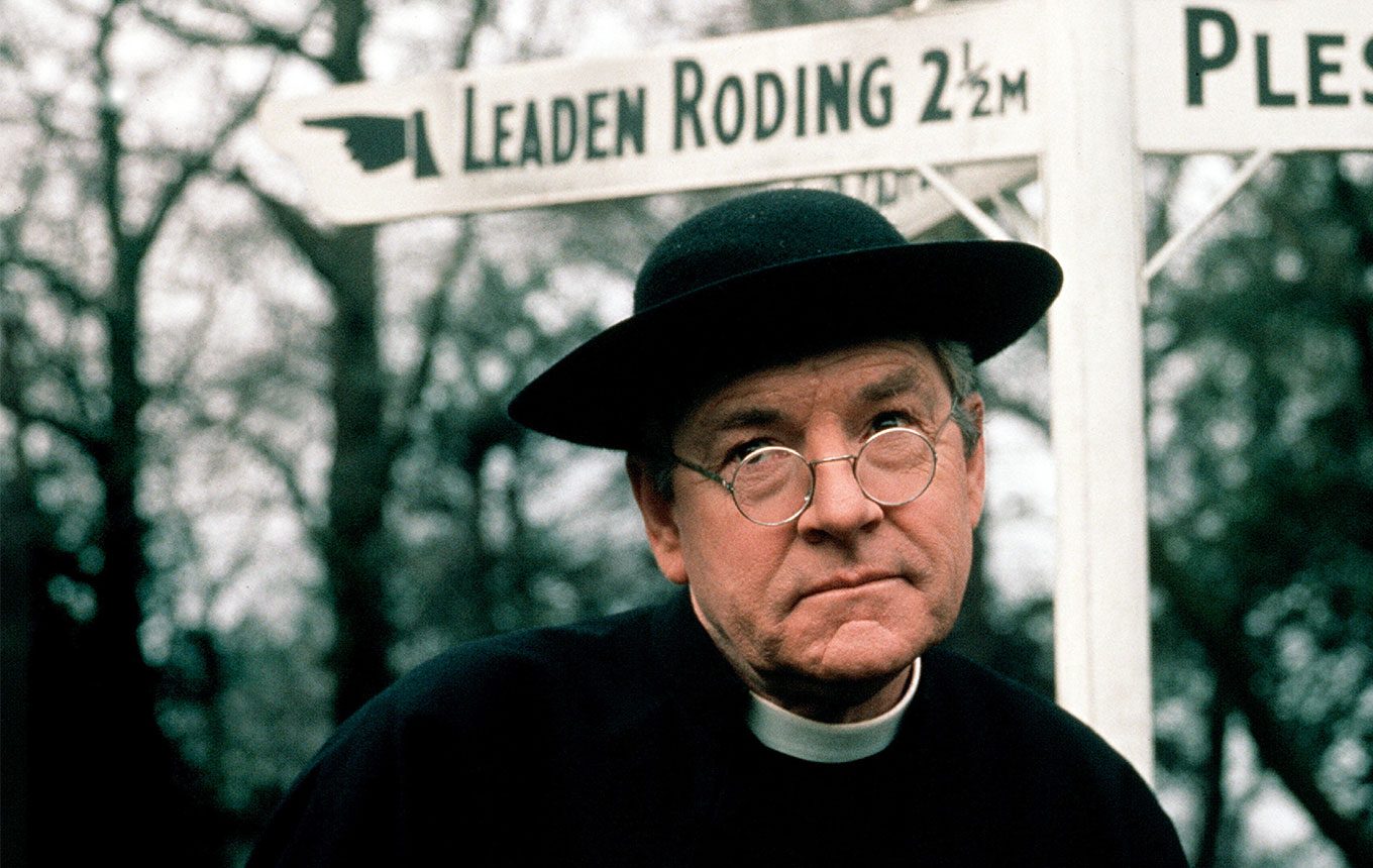 444 Father Brown. The Mask of the Demon 2