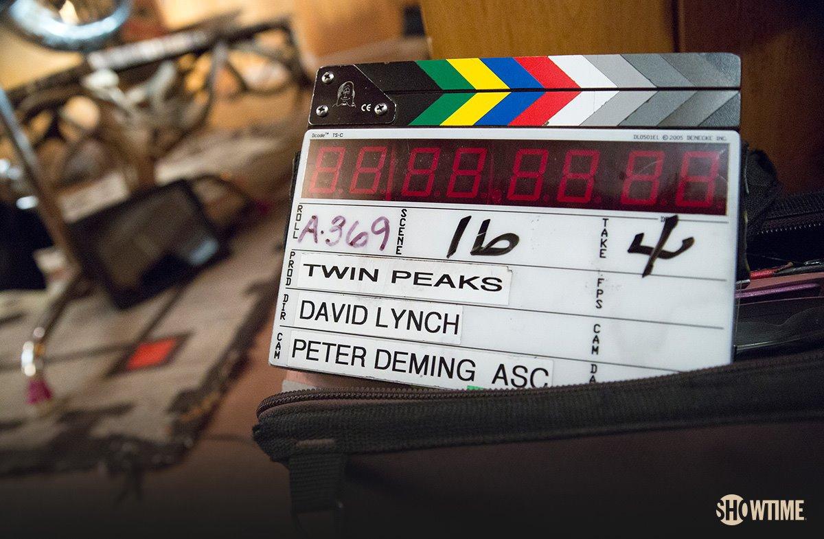 444 Twin Peaks. Episode 1.1 1
