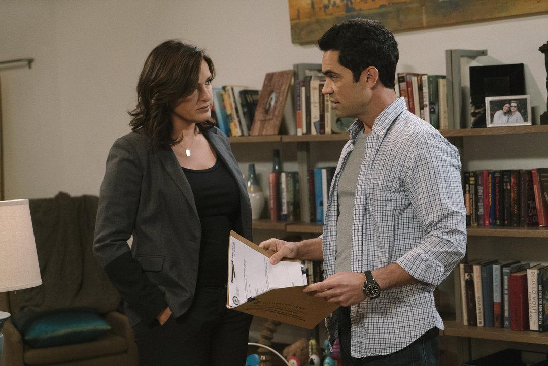 444 Law & Order: SVU Season 19 2