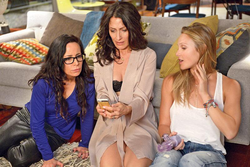 444 Girlfriends' Guide to Divorce season 3 3