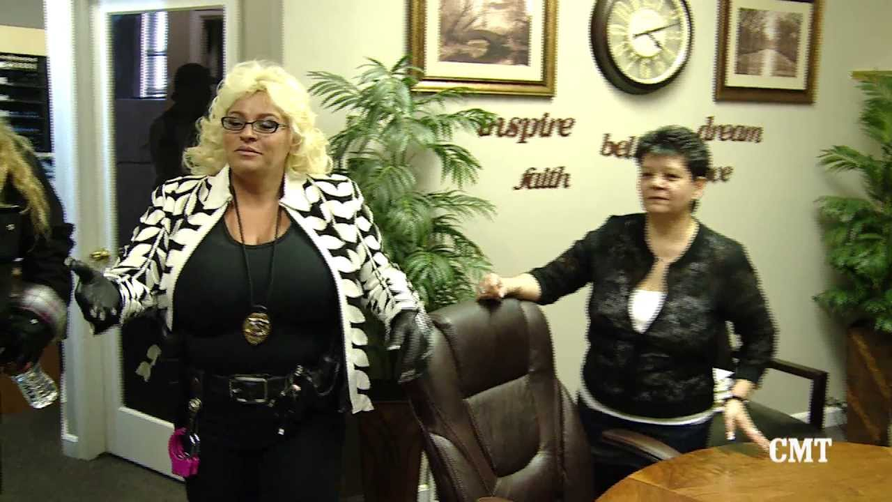 Dog and Beth: On the Hunt Season 4 2