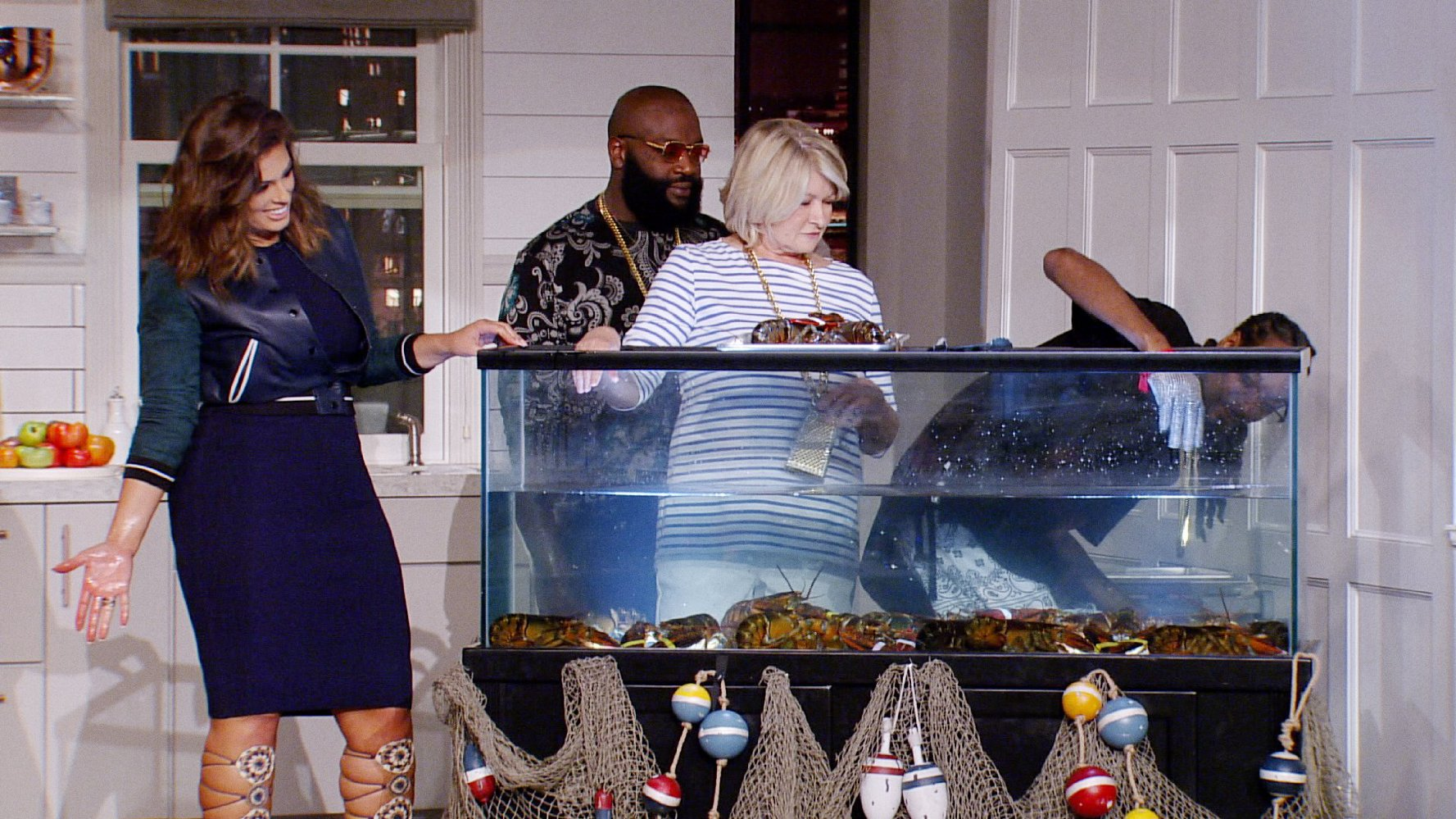 Martha and Snoop`s Potluck Dinner Party Season 2 3