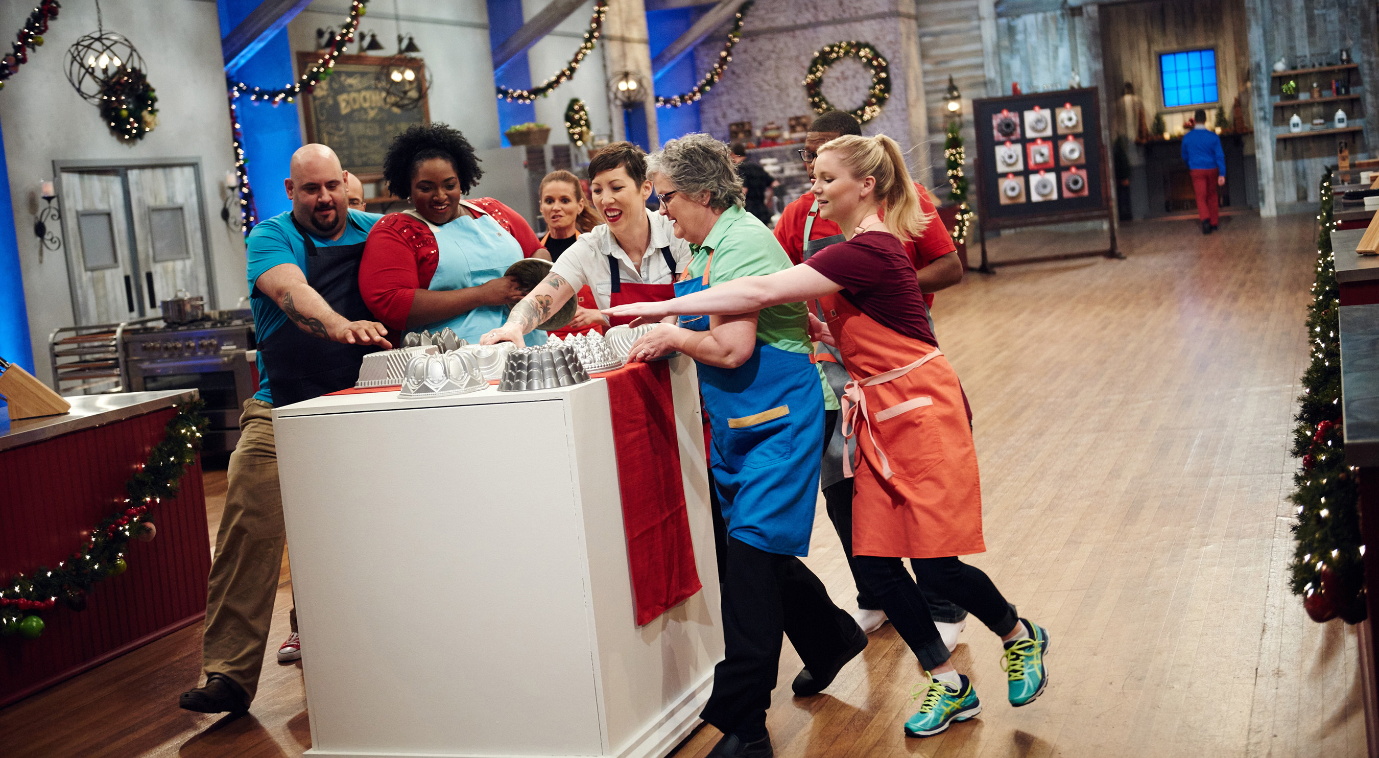 Holiday Baking Championship Season 4 3